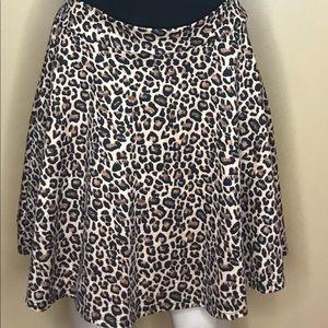 Xhilaration Animal Print Cheetah Skater Skirt Sz M
